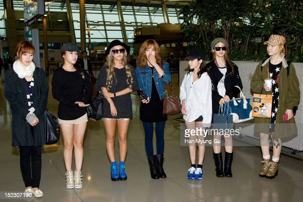 Eunjung Soyeon Qri Hyomin Boram Jiyeon and Areum of South Korean girl group Tara depart from Incheon International Airport on September 17 2012 in...