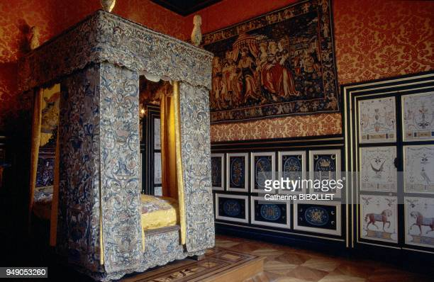 the castle of Anet The inside of the castle's west wing Diane de Poitier's bedroom The columns of the bed are sculpted with the crescent her emblem...