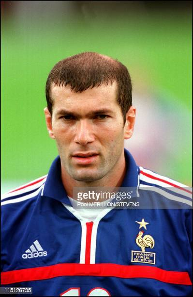 Euro 2000 final France Italy 2 1 in Rotterdam Netherlands on July 02 2000 Zinedine Zidane