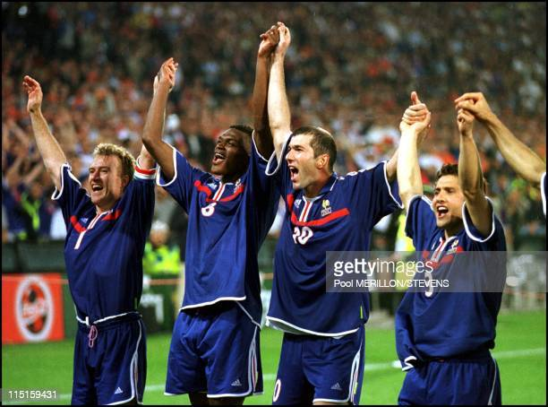 Euro 2000 final France Italy 2 1 in Rotterdam Netherlands on July 02 2000 Deschamps Desailly Zidane and Lizarazu