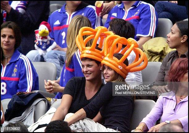 Euro 2000 NetherlandsFrance in Amsterdam Netherlands on June 21 2000 Linda Evangelista Agathe de la Fontaine