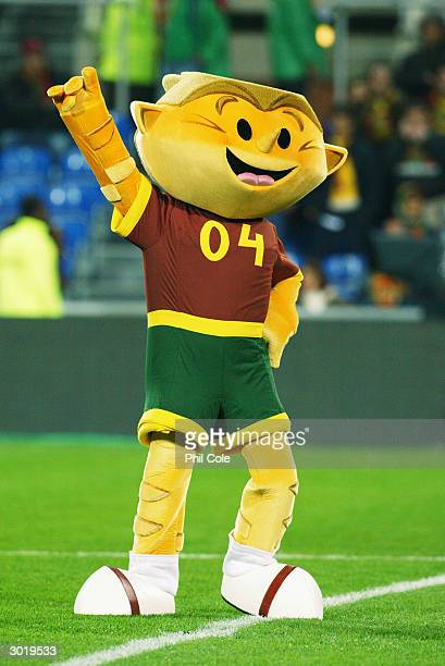 Euro 2004 mascot Kinas during the International Friendly match between Portugal and England held on February 18, 2004 at the Faro-Loule Stadium, in...