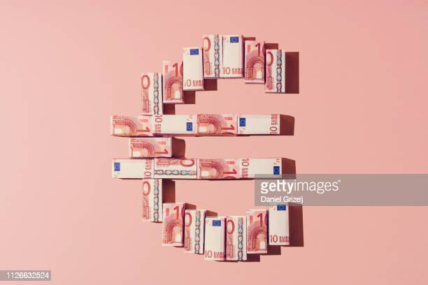 euro currency symbol - geld stock-fotos und bilder
