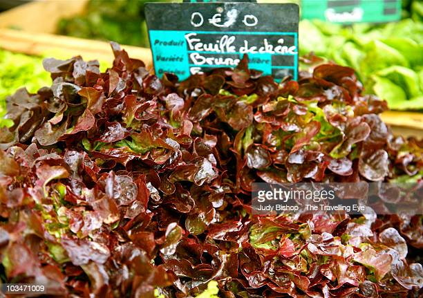 0.9 Euro for red French lettuce