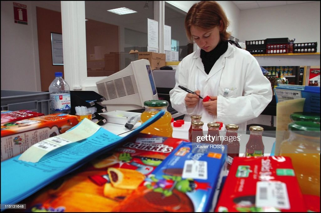 Eurofins Scientific Labs, France : The World Leader In Detection And Quantification Of Genetically-Modified Organisms In Nantes, France On October 23, 2003. : News Photo