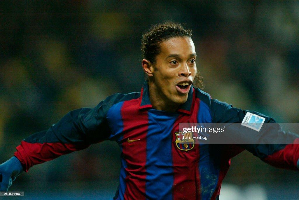 UEFA Cup Broendby - Barcelona : News Photo