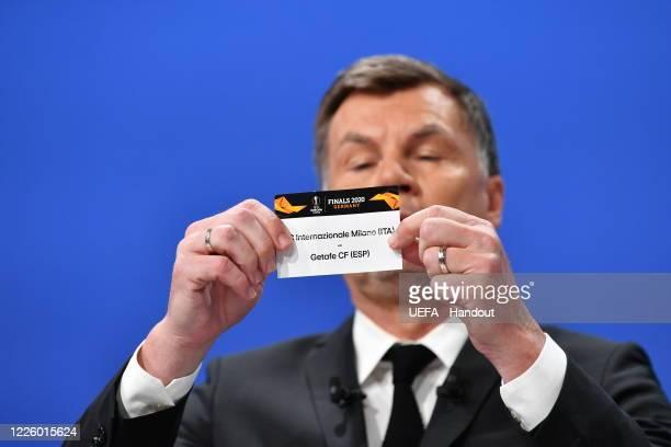 Europa League Ambassador Thomas Helmer draws out the card of FC Internazionale Milano/Getafe CF during the UEFA Europa League 2019/20 Quarterfinal...