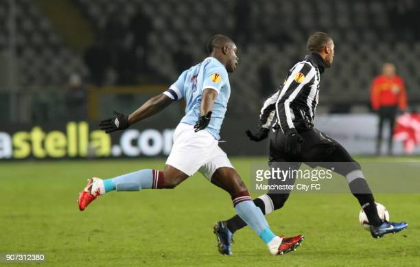 Europa League Group A Juventus v Manchester City Stadio Olimpico Manchester City's Micah Richards tracks Armand Traore