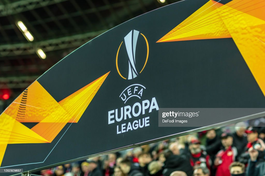 Bayer 04 Leverkusen v FC Porto - UEFA Europa League Round of 32: First Leg : News Photo