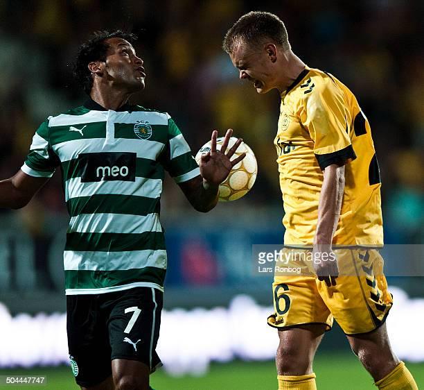 Europa League Playoff AC Horsens vs Sporting Portugal Lissabon Jeffren Sporting Clube de Portugal Troels Kløve ACH AC Horsens © Lars Ronbog...