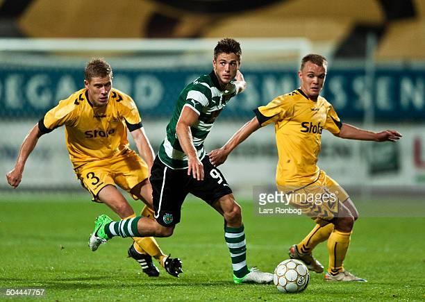 Europa League Playoff AC Horsens vs Sporting Portugal Lissabon Morten Rasmussen ACH AC Horsens V Wolfswinkel Sporting Clube de Portugal Troels Kløve...