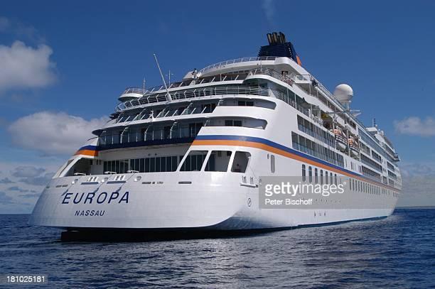 MS Europa von der Reederei Hapag Lloyd Rückansicht und Seitenansicht Meer Kreuzfahrtschiff Schiff Kreuzfahrt Reise PNr 529/03
