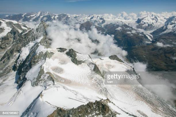 europe, france, french and swiss alps, haute-savoie, chamonix, grand combin and matterhorn - valle blanche fotografías e imágenes de stock