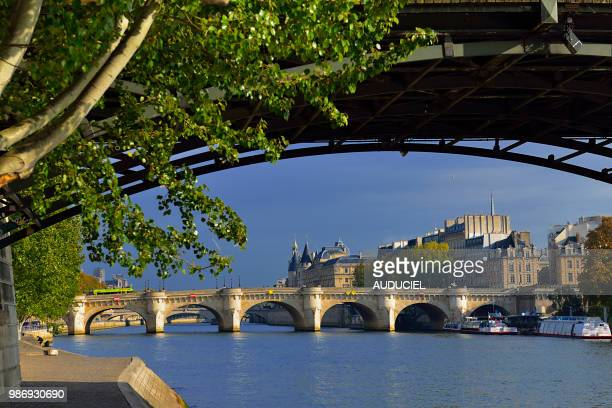 europe france paris quay at the height of the pont des arts - quayside stock pictures, royalty-free photos & images