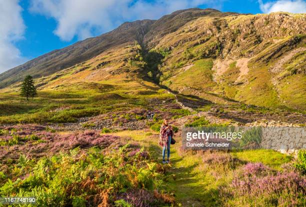 europe, great britain, scotland, highlands and lochaber geopark, glen coe valley, place of hagrid's hut replica (harry potter movie) and filming of the skyfall movie (james bond) - glencoe scotland stock pictures, royalty-free photos & images