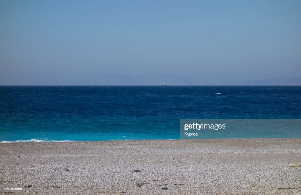 Europe, Greece, 2018: View Of Deserted Beach Seascape : Stock-Foto
