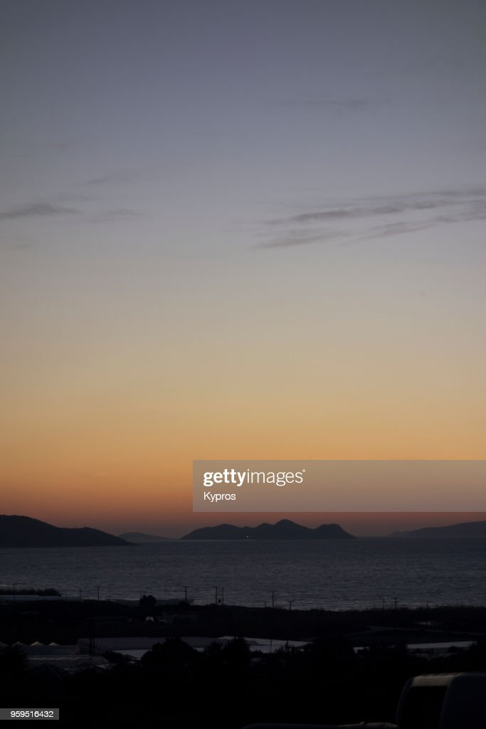 Europe, Greece, 2018: View Of Greek Islands At Sunset : Stock-Foto