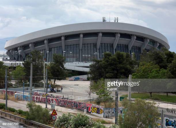 europe, greece, athens area, neo faliro, view of georgios karaiskakis football stadium. home ground of the greek club olympiacos f.c. and named after georgios karaiskakis, a hero of the greek war of independence, who was mortally wounded near the area. - club football stockfoto's en -beelden