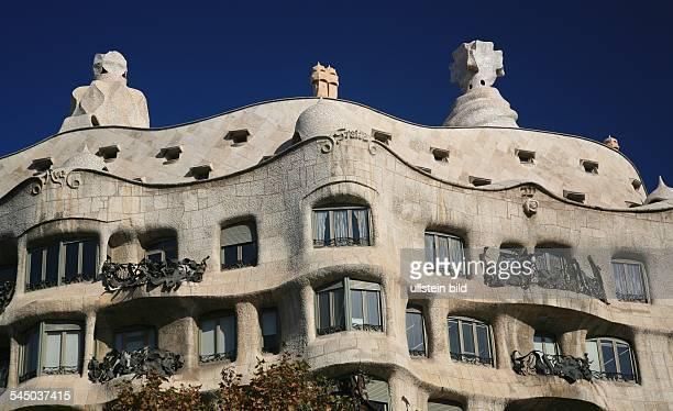 Casa Milà by Antoni Gaudí