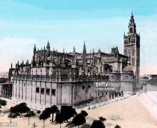 Europe Spain travel Andalusia Sevilla Seville Cathedral Catedral de Santa Maria de la Sede Gothic 13th century image date 1910s 1920s Carl Simon...