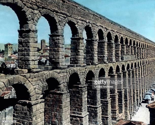 Europe travel Spain Catalonia Aqueducte de les Ferreres near Tarragona Pont de Diable Roman aqueduct image date 1910s 1920s Carl Simon Archive...