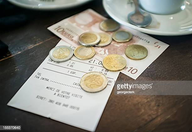 european cafe bill - papiergeld stockfoto's en -beelden