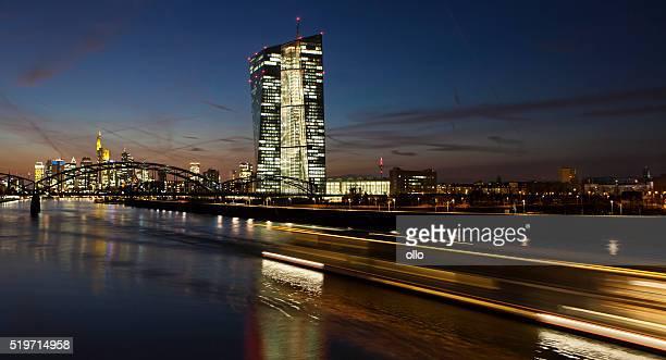 Zentralbank auf die Skyline von Frankfurt am Main