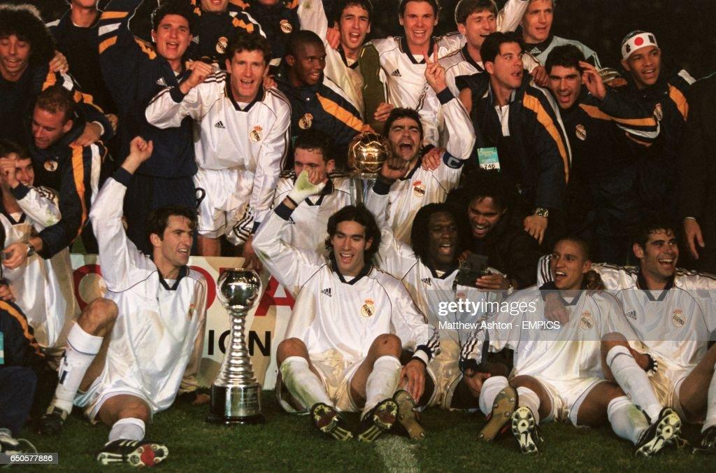 Soccer - Toyota Cup - World Club Championship - Real Madrid v Vasco da Gama - Tokyo, Japan : News Photo