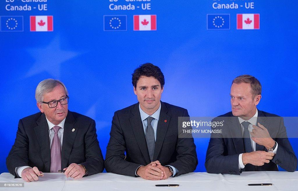 BELGIUM-EU-CANADA-POLITICS-CETA : News Photo