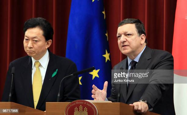 European Commission President Jose Manuel Barroso and Japanese Prime Minister Yukio Hatoyama attend a joint press conference at Hatoyama's official...
