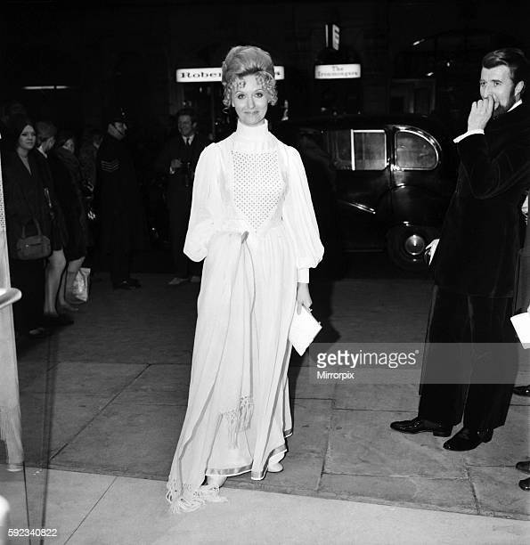 European Film Premier at the Odeon St Martins Lane for Isadora arrivals at the theatre Nyree Dawn Porter March 1969 Z02175001