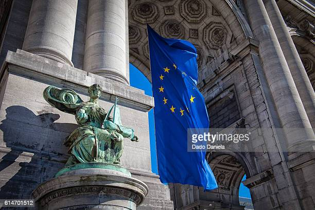 european flag at jubel park - brussels capital region stock pictures, royalty-free photos & images