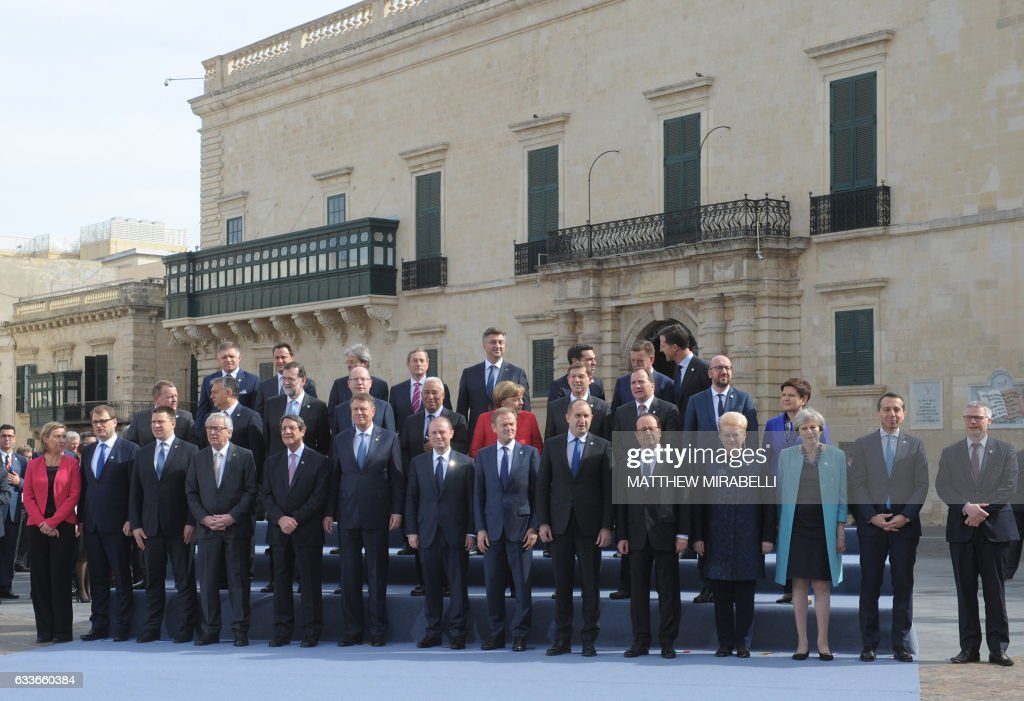 European leaders pose a family picture during an European Union summit on February 3, 2017 in Valletta, Malta. European Union leaders will try to rally together to revive the beleaguered bloc at a special summit in Malta Friday in the face of 'threats' from migration, Brexit and Donald Trump. It is the latest in a series of crisis meetings since Britain voted to leave the EU last June, but fears about the new US president have strengthened the sense that the bloc is now at a decisive moment in its history. / AFP / Matthew Mirabelli / Malta OUT