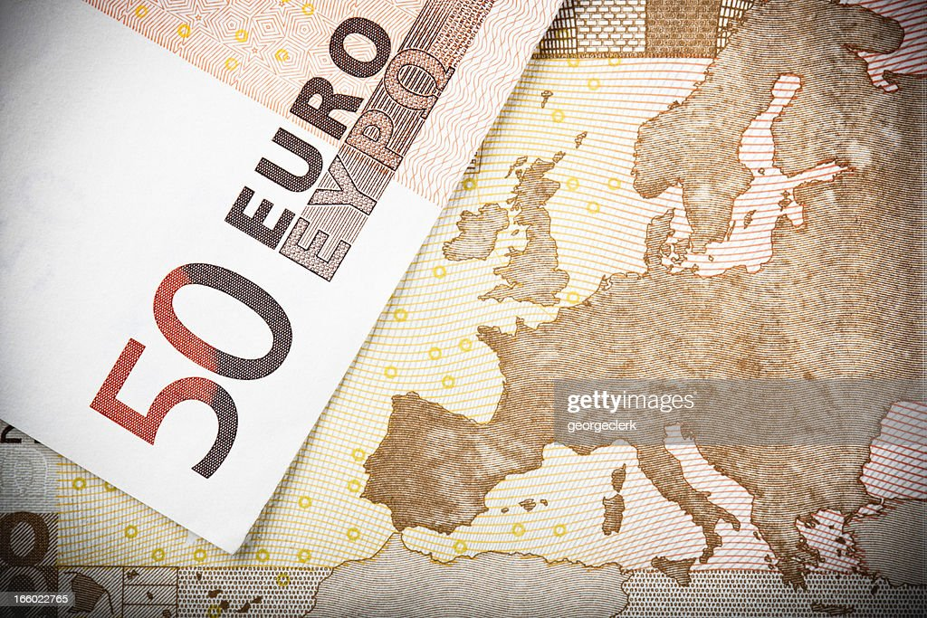 ヨーロッパの地図の上に 50 ユーロのご利用 : ストックフォト