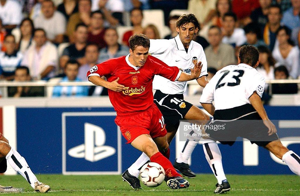 European Soccer Champions League: Valencia vs Liverpool : News Photo