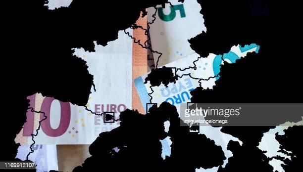 euros in europe - ユーロ圏財務相会合 ストックフォトと画像