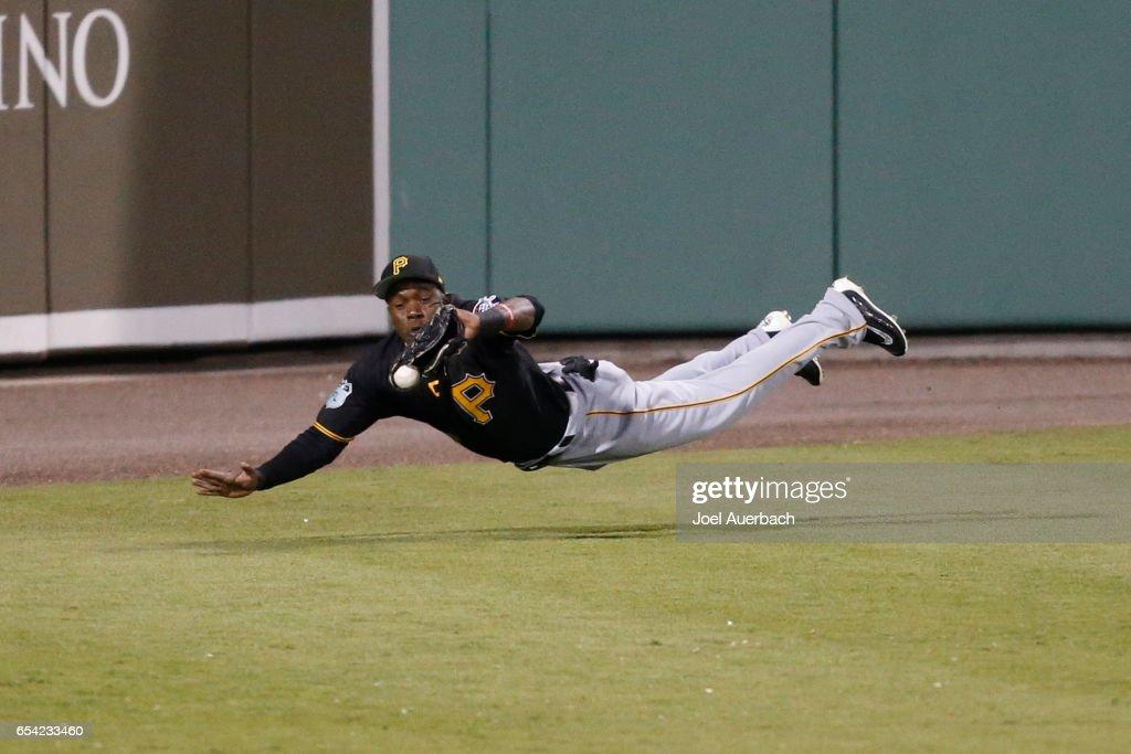 Pittsburgh Pirates v Boston Red Sox : News Photo
