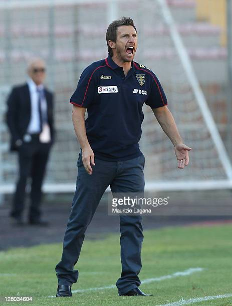 Eusebio Di Francesco head coach of Lecce during the Serie A match between US Lecce and Cagliari Calcio at Stadio Via del Mare on October 2 2011 in...