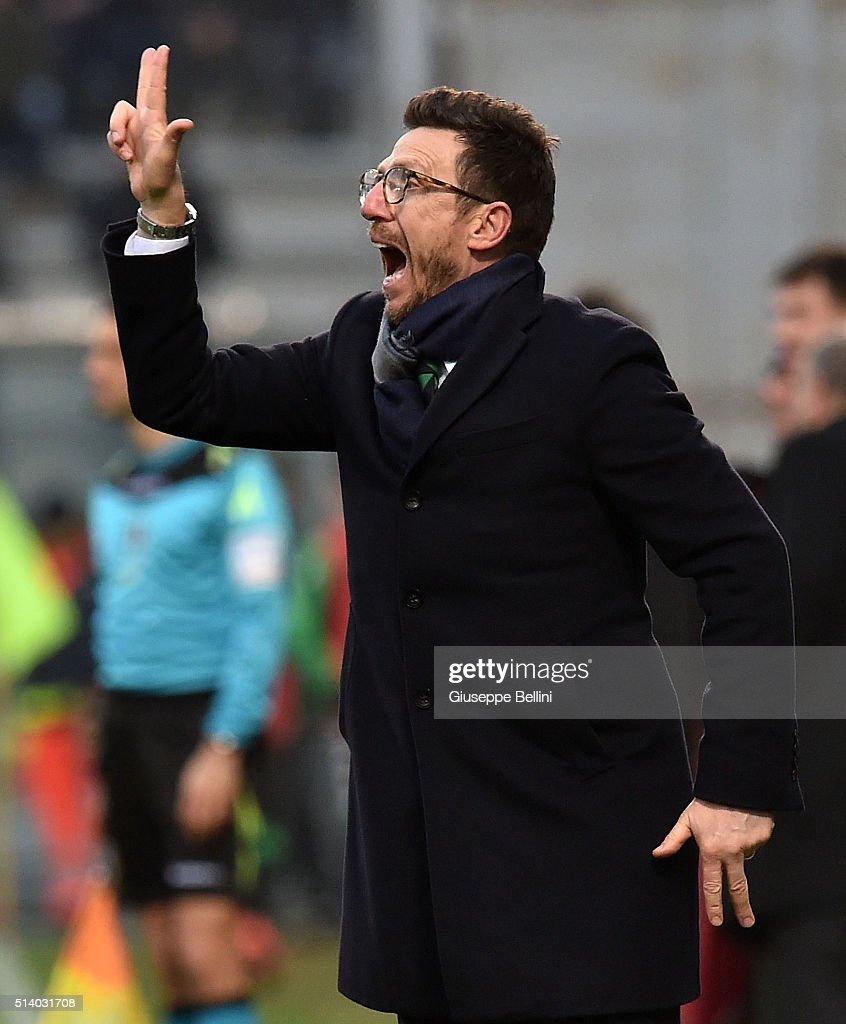 Eusebio Di Francesco head coach of US Sassuolo Calcio during the Serie A match between US Sassuolo Calcio and AC Milan at Mapei Stadium - Città del Tricolore on March 6, 2016 in Reggio nell'Emilia, Italy.