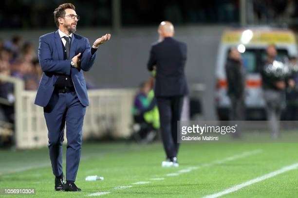 Eusebio Di Francesco manager of AS Roma gestures during the Serie A match between ACF Fiorentina and AS Roma at Stadio Artemio Franchi on November 3...