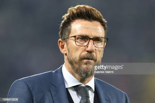 Eusebio Di Francesco manager of AS Roma looks on during the Serie A match between ACF Fiorentina and AS Roma at Stadio Artemio Franchi on November 3...
