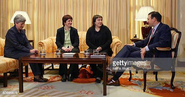 Euskal Herrialdetako Alderdi Komunista Communist Party of the Basque Lands members Karmele Berasategi Nekane Erauzkin and Maite Aranburu talk with...