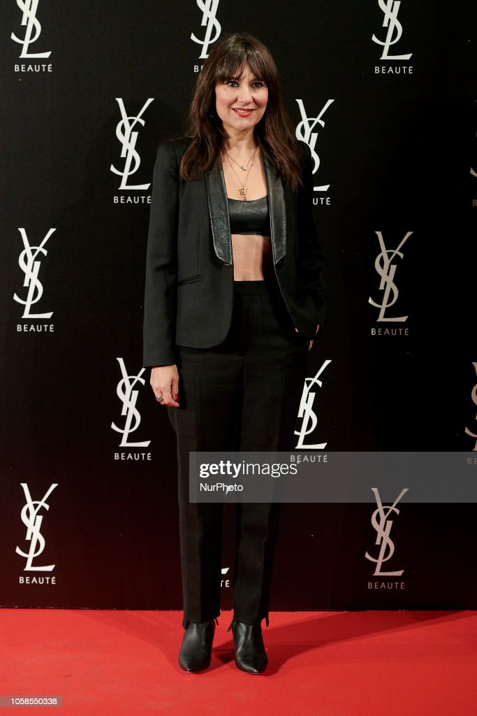 Yves Saint Laurent The Slim Rouge PurCouture Party Photocall : News Photo