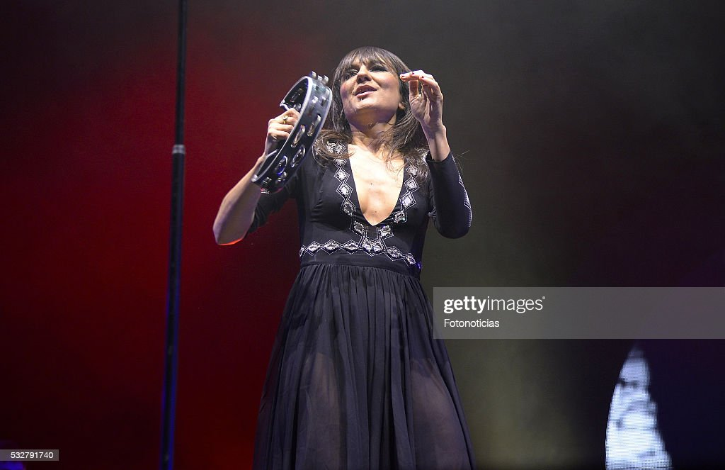 Amaral Perform in Concert in Madrid : Fotografía de noticias