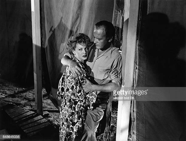Eva Bartok* - +Schauspielerin Ungarnmit Curd Jürgens im Film:'Rummelplatz der Liebe'- 1955