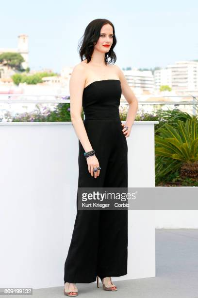 Eva Green attends a photocall for 'D´ Apres Une Histoire Vraie' during the 70th International Cannes Film Festival on May 27 2017 at the Palais des...