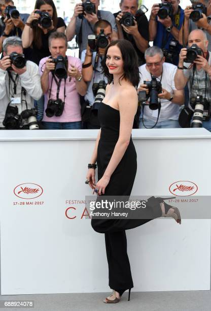 Eva Green attends the Based On A True Story Photocall during the 70th annual Cannes Film Festival at Palais des Festivals on May 27 2017 in Cannes...