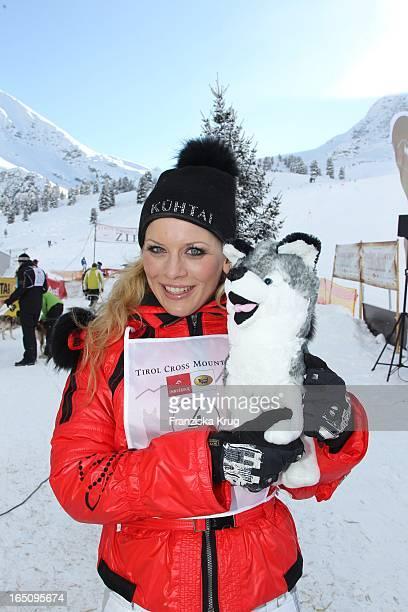 Eva Habermann Beim 2 Promi Schlittenhunderennen Tirol Cross Mountain In Kühtai