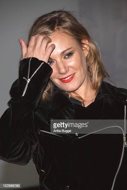 Eva Hassmann attends the premiere of 'Zweiohrkueken' at the Sony Center CineStar on November 24, 2009 in Berlin, Germany.