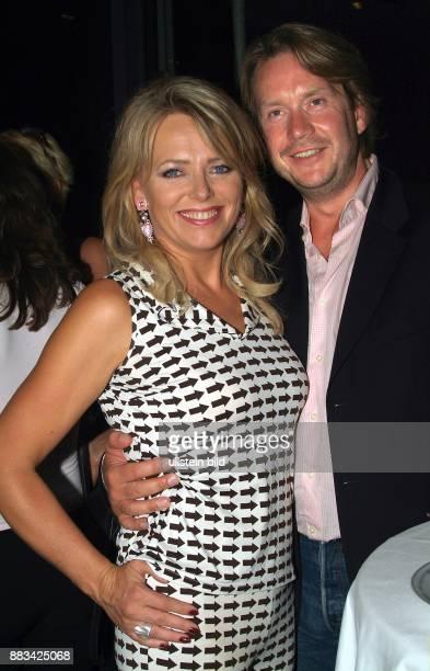 Eva Herman Nachrichtensprecherin Moderatorin Unternehmerin D mit ihrem Lebenspartner Michael Bischoff Unternehmer